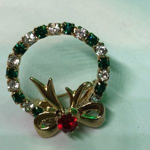Festive Sparkling Christmas Wreath Brooch